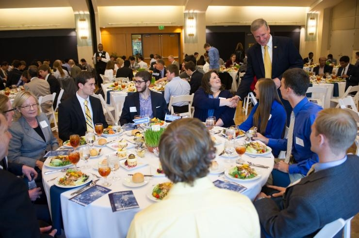 Peterson with Students at 2014 Student Honors Luncheon