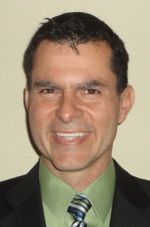 photo of Gabriel Rincon-Mora